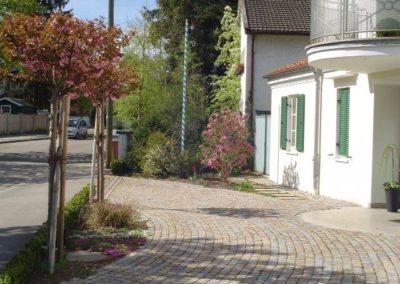 Gartenbau Hiebler Hofeinfahrt